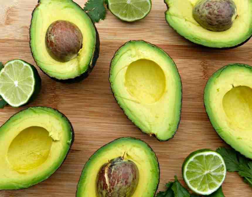 Avokado Nasıl Kesilir?